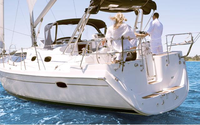 Los seguros de embarcaciones para yates y veleros.