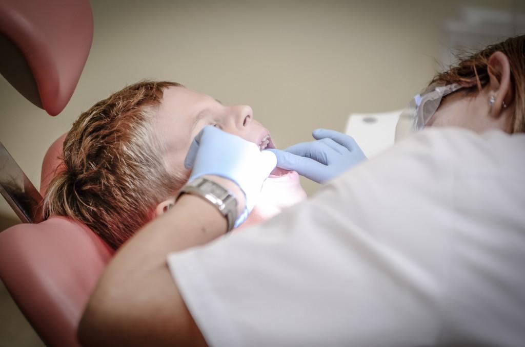 ¿Sabes cuánto ahorras con tu seguro dental?