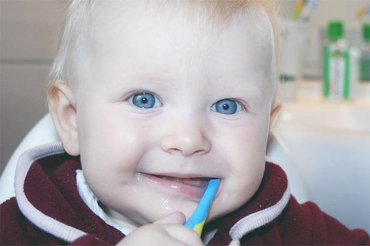 Seguro dental para niños para tener cura de los dientes de tu hijo