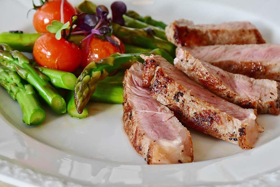 Cómo cocinar carne y pescado al vapor