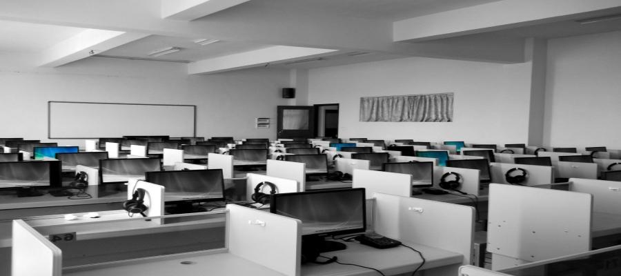 Sobretensión eléctrica en el ordenador